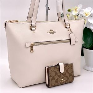 Coach Gallery Tote Bag and Wallet Set
